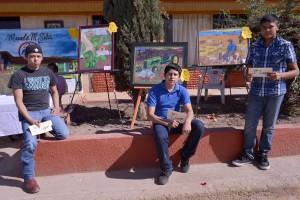 Ganadores del concurso de pintura realizado en el marco del tercer aniversario luctuoso de Ismael Solorio y Manuelita Solís. Fotografía de Bryan Soto.